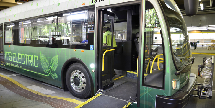 photo of a Greenlink electric bus